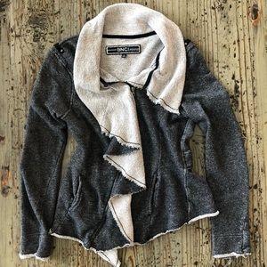 🌟2 for $10!!! BNCI distressed zip up sweatshirt